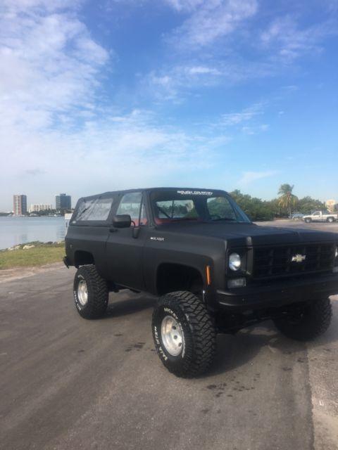 1975 k5 k10 blazer Chevrolet