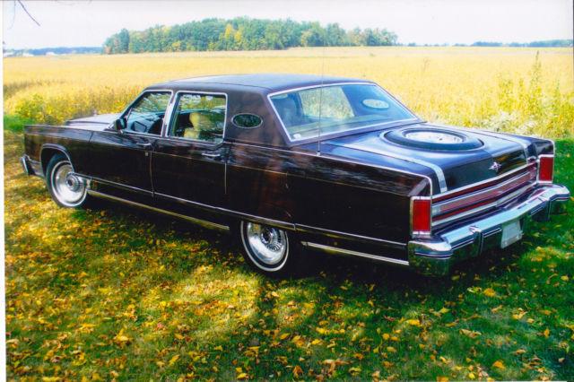 1975 lincoln continental town car 4 door sedan. Black Bedroom Furniture Sets. Home Design Ideas