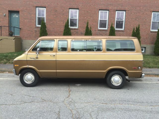 1975 plymouth voyager sport 5 passenger window van. Black Bedroom Furniture Sets. Home Design Ideas