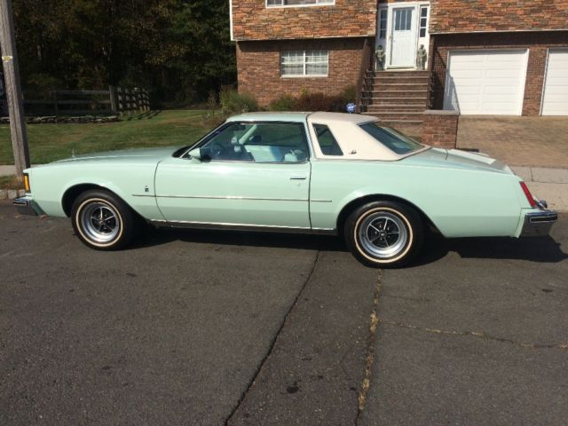 1965 Buick Riviera C 620 as well New 2017 Buick Regal Sport Touring Fwd 4dr Car 2g4gl5ex5h9126666 moreover Chrysler Cordoba in addition Bobcat 7 Pin Connector Wiring Diagram together with 2011 01 07 215234 Buick To 2001 Century Wiring Diagram. on buick regal radio