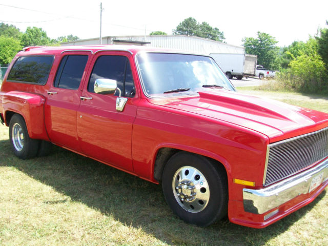 1977 chevrolet suburban custom dually. Black Bedroom Furniture Sets. Home Design Ideas