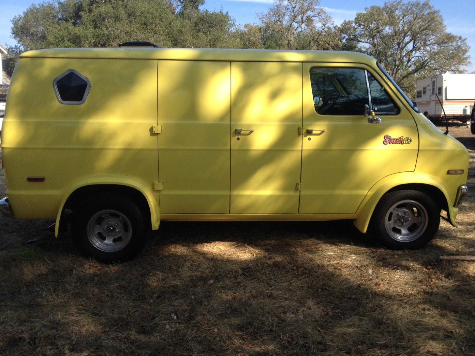 1977 Dodge Van Street Van Classic Cruiser Vintage Tradesman