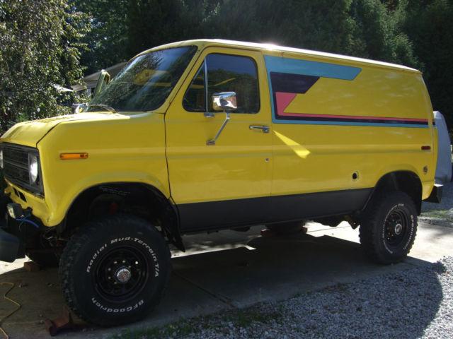 1977 Ford Econoline 4x4 Van