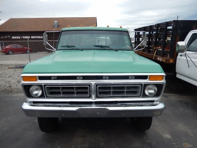 1977 ford f250 highboy truck 4x4 green nice solid truck f 250 f 350 8 foot bed. Black Bedroom Furniture Sets. Home Design Ideas