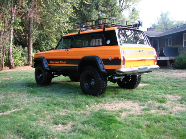 1977 Jeep Cherokee Chief Sport Wide Track 4x4 Restored