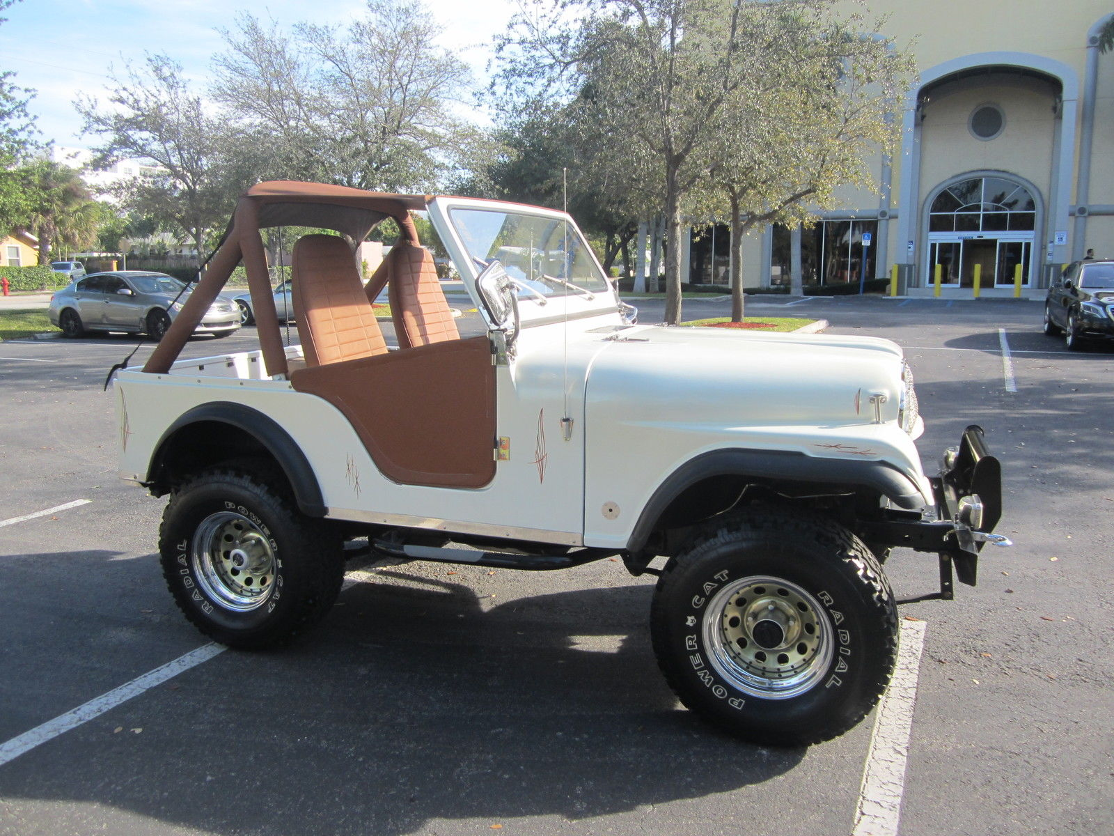 1977 jeep cj fully restored 4x4 6 cyl lifted pearl white. Black Bedroom Furniture Sets. Home Design Ideas