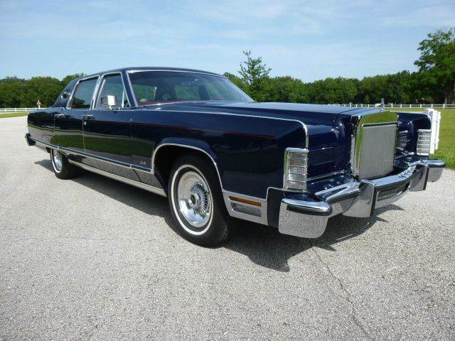 1977 lincoln town car 31 000 miles rare color combination. Black Bedroom Furniture Sets. Home Design Ideas