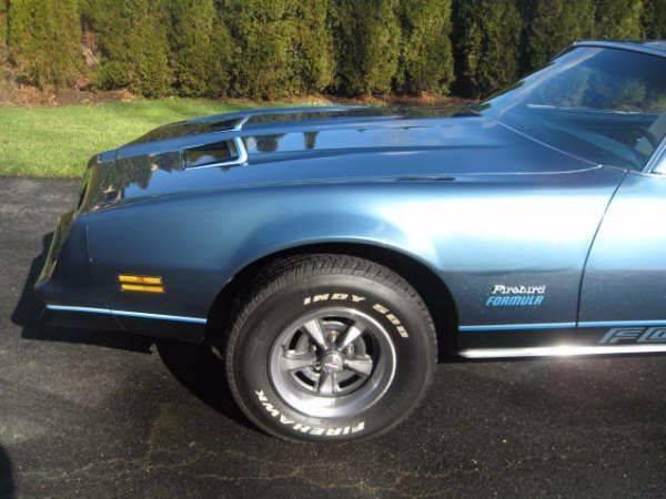 1977 pontiac firebird formula 400 manual 4 speed rwd v8 6 6l gasoline. Black Bedroom Furniture Sets. Home Design Ideas