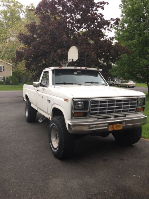 1980 Ford F250 Lifted Truck