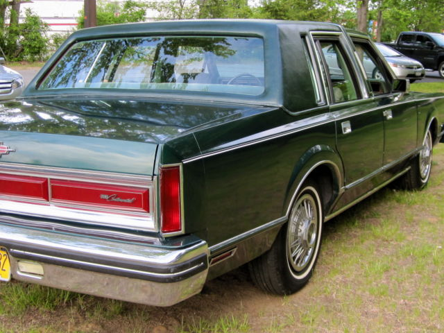 1980 lincoln continental rare 351 5 8l engine with town car trim. Black Bedroom Furniture Sets. Home Design Ideas