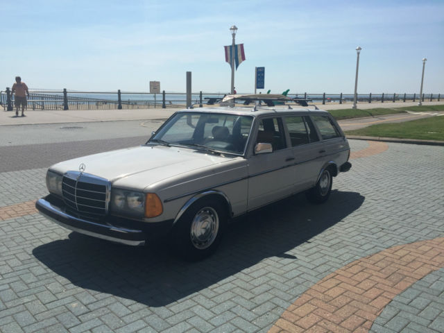 1980 mercedes benz 300td diesel wagon w manual for Mercedes benz manual transmission for sale