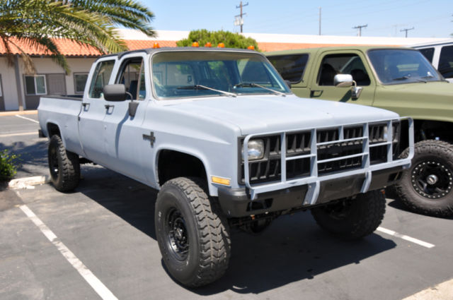 1982 Chevrolet K30 Crew Cab 462CI 4x4 A C Diesel