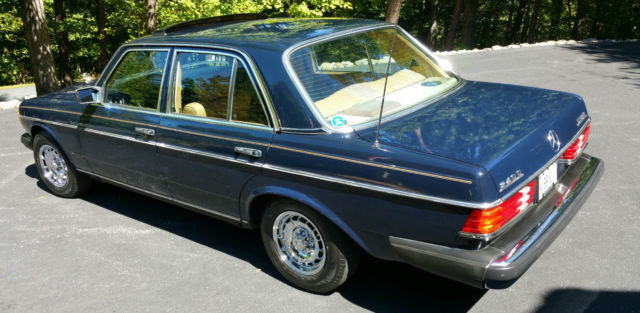 1982 mercedes benz 240d for Mercedes benz 240 d