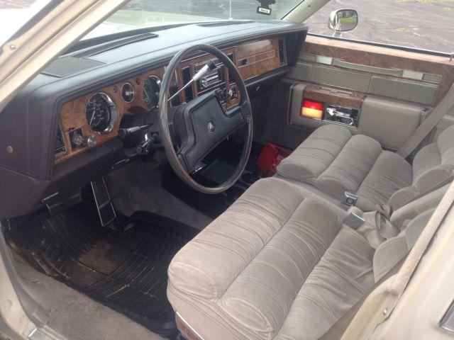 1983 Buick Electra Park Avenue Sedan 4 Door 5 0l No