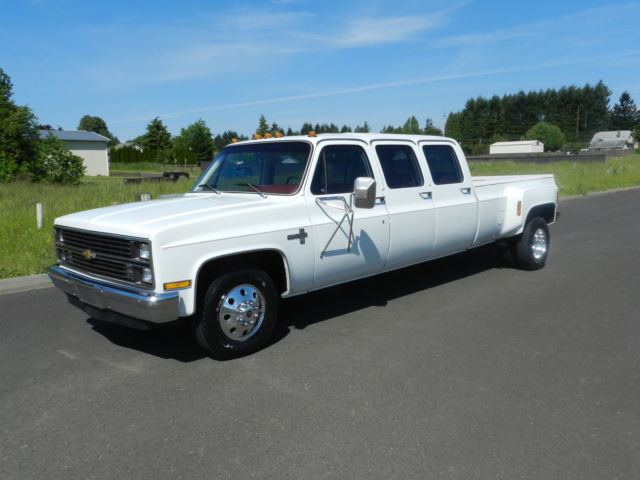 1983 chevrolet c30 silverado crew cab pickup 6 door 7 4l one of a kind must see. Black Bedroom Furniture Sets. Home Design Ideas