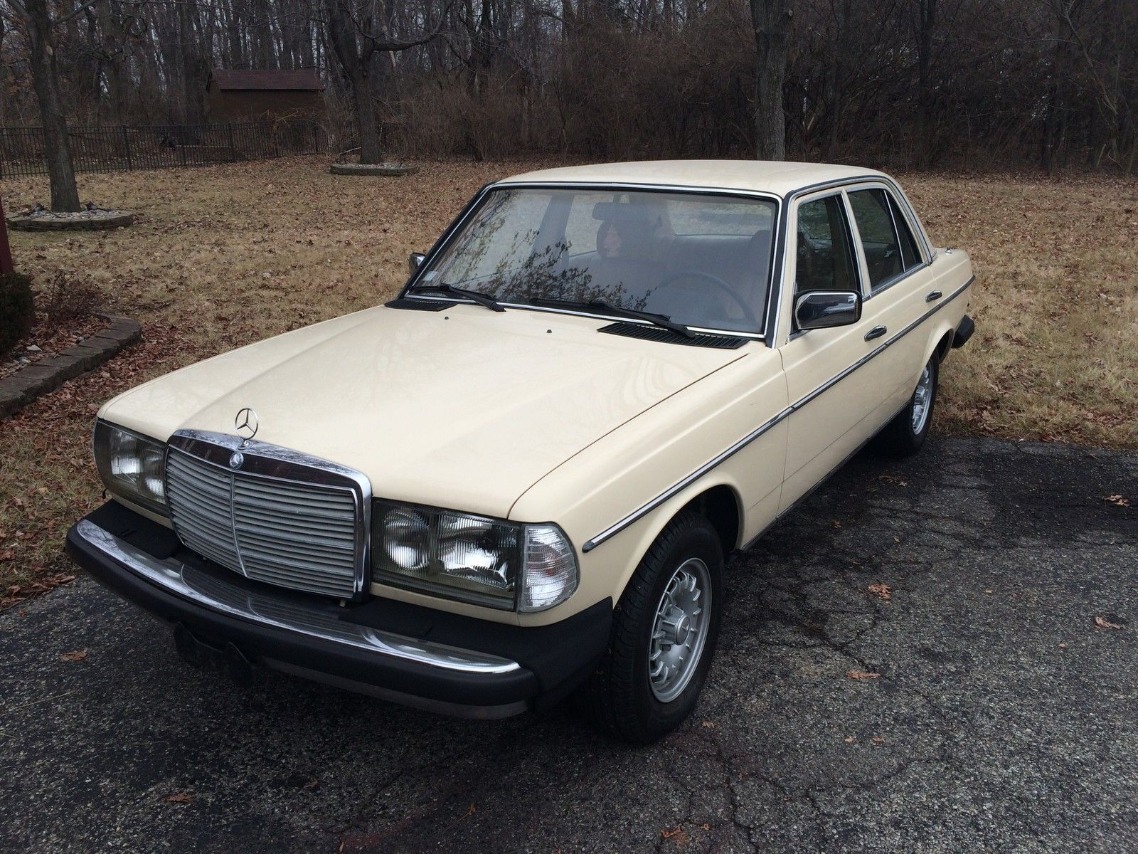 1983 mercedes benz 300 td turbo diesel no reserve