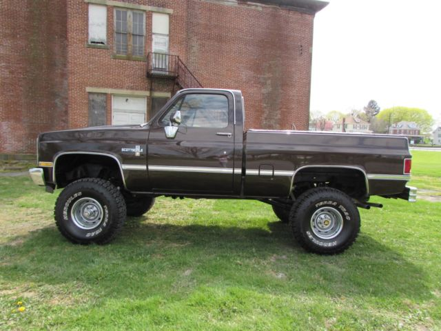 1984 Chevrolet Scottsdale Lifted Short Bed Low Miles