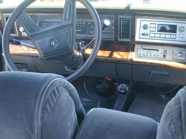 1984 chrysler lebaron base sedan 4 door 2 6l. Black Bedroom Furniture Sets. Home Design Ideas