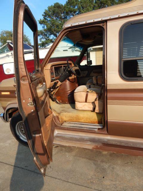 1984 Ford E150 Conversion Van