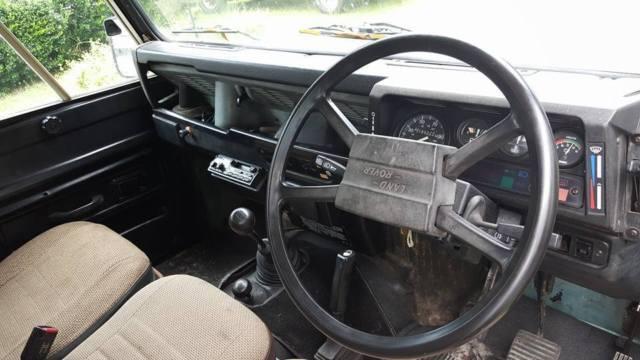 http://classicvehicleslist.com/pics/bigpics/1984-land-rover-defender-110-one-ten-rhd-diesel-25na-csw-5-door-station-wagon-2.jpg