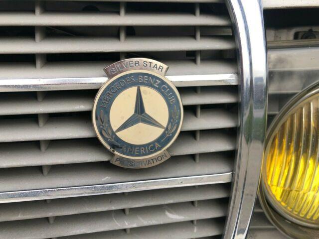 1984 Mercedes Benz W123 300td Estate Wagon