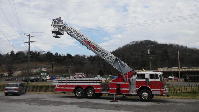 1984 sutphen ts100 100 foot aerial fire truck platform truck