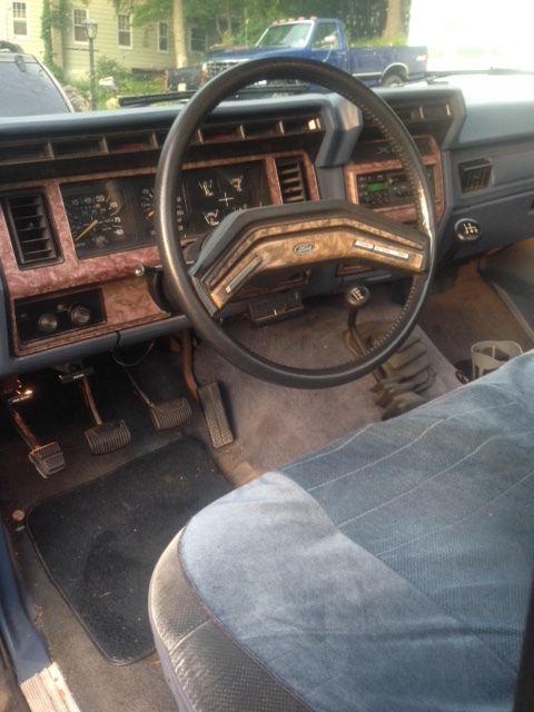 Ford Pickup F150 >> 1985 F150 4X4 Ford Lariat Pickup Truck