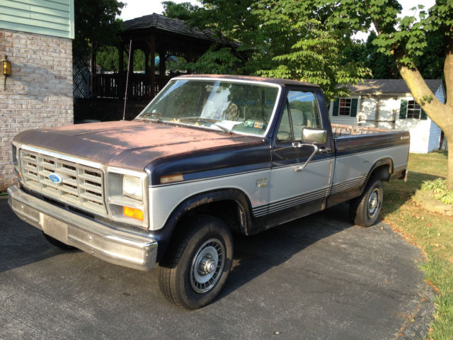 1985 ford f150 xl 4x4 pickup truck 4 9 engine 4 speed manual trans floor shift. Black Bedroom Furniture Sets. Home Design Ideas