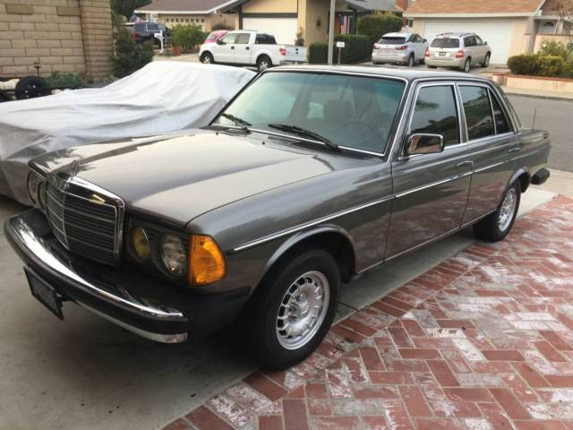 1985 mercedes 300d turbo diesel 4 door sedan wvo option for Mercedes benz mission viejo