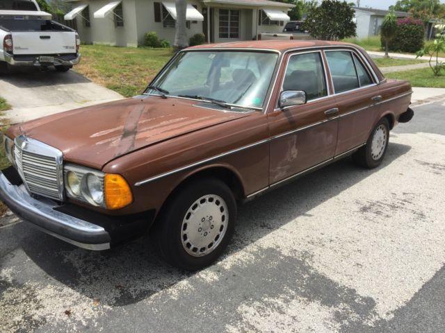 1985 mercedes benz 300d turbo diesel 300 series for Mercedes benz diesel for sale in florida