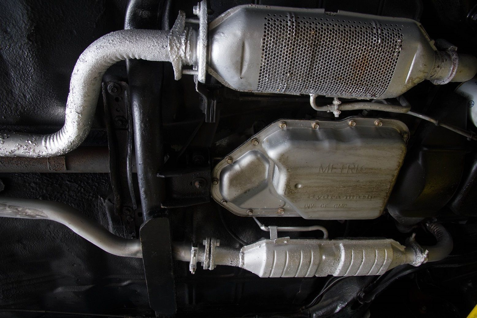 Oldsmobile Delta Royale Brougham Sedan on Dual Brake Master Cylinder