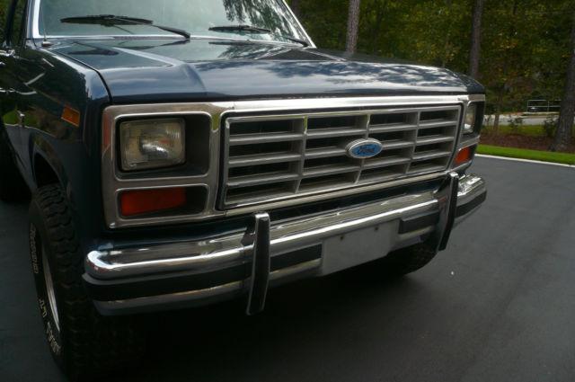 Ford 4x4 Model : Ford f xl flareside rare model rust free