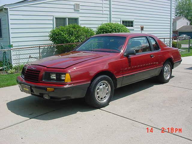 1986 ford thunderbird turbo coupe 5 580 original miles auto air gorgeous car. Black Bedroom Furniture Sets. Home Design Ideas
