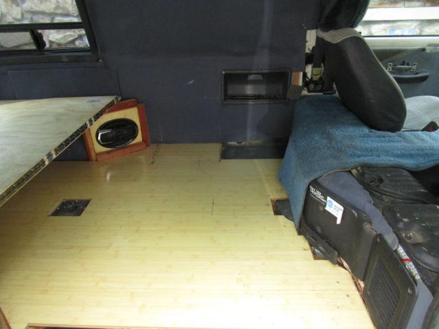 1986 Toyota Van Wagon Cargo Camper Conversion Automatic 182k