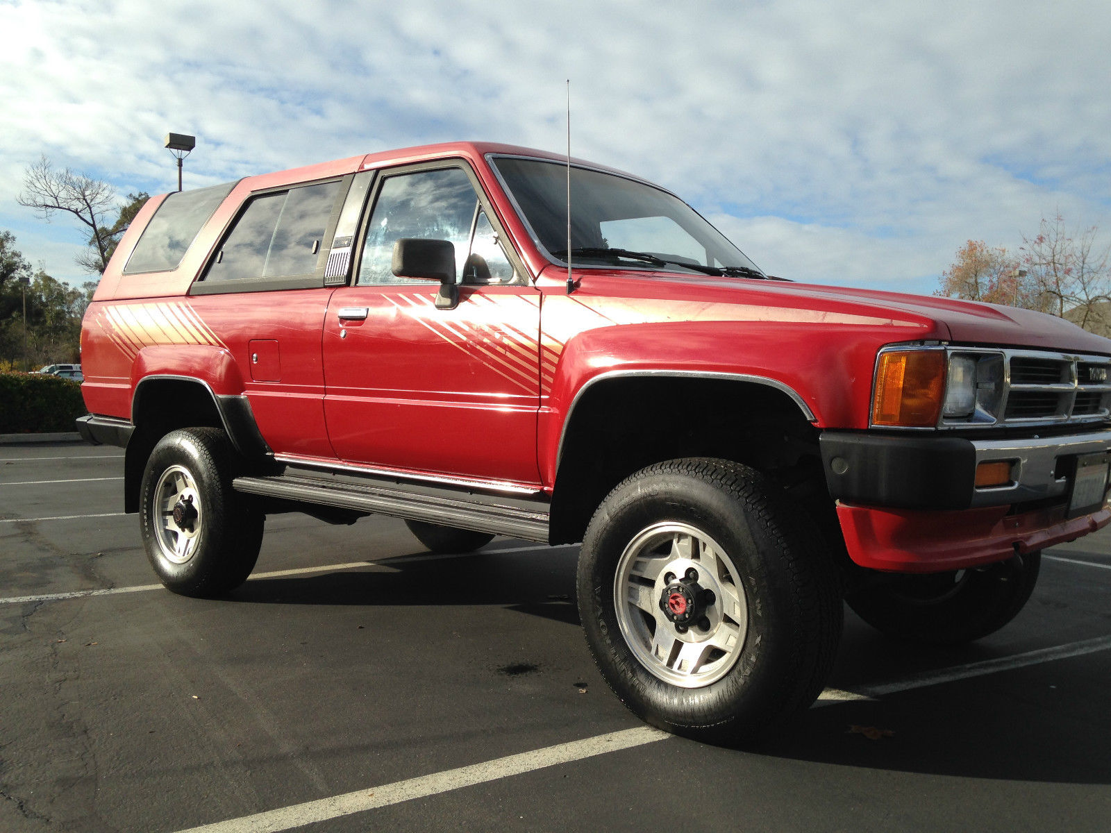 1987 toyota 4runner original paint rust free low miles. Black Bedroom Furniture Sets. Home Design Ideas