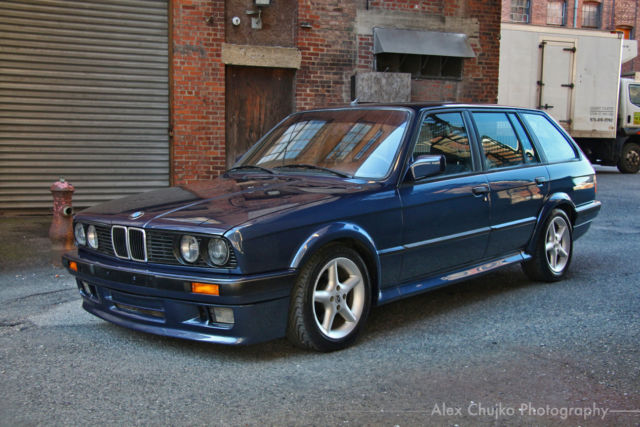 Beautiful but underpowered bmw 316i touring design edition in.