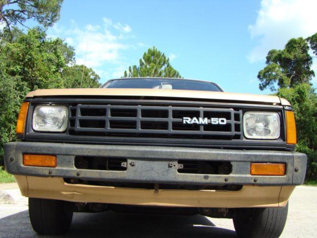 Dodge Ram Aka Mitsubishi Mighty Max