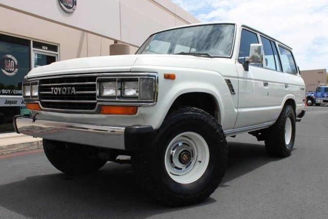 1988 toyota land cruiser 4x4 299823 miles alpine white suv. Black Bedroom Furniture Sets. Home Design Ideas