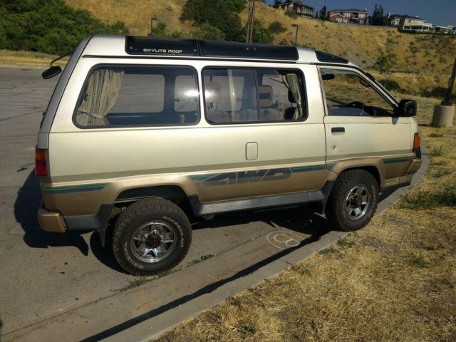 1988 Toyota LiteAce 4x4 JDM Camper Van