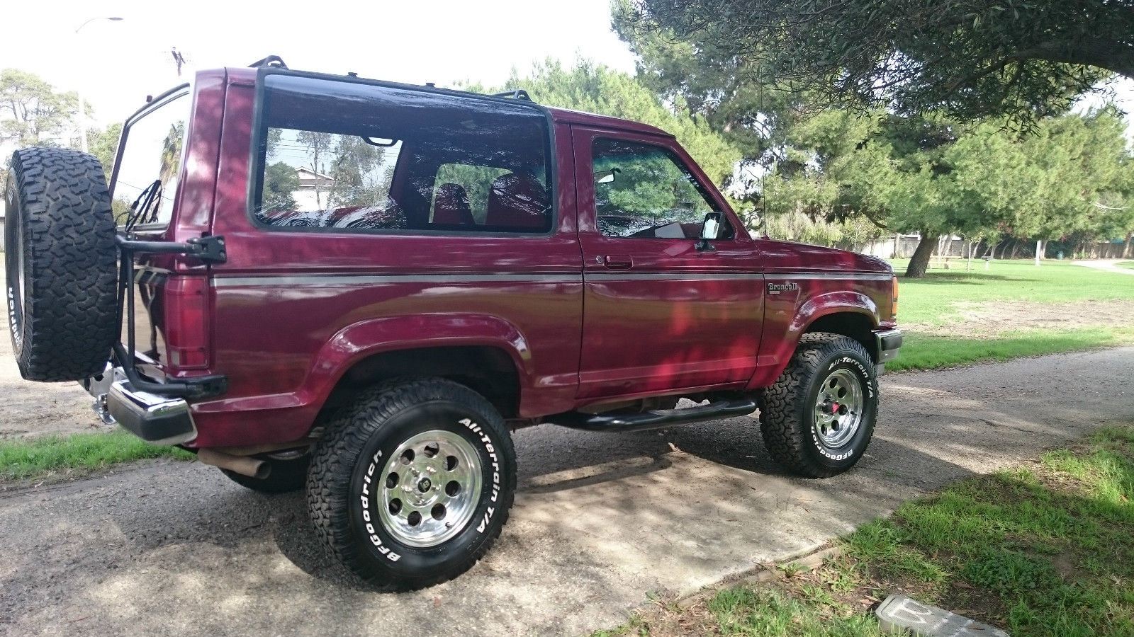 1989 ford bronco ii xl rust free classic rare 5 speed 4x4 off road machine. Black Bedroom Furniture Sets. Home Design Ideas