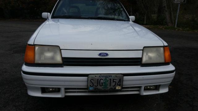 1989 ford escort hatchback