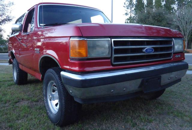 1989 ford full size bronco xlt 4x4 medium scarlet red low miles. Black Bedroom Furniture Sets. Home Design Ideas