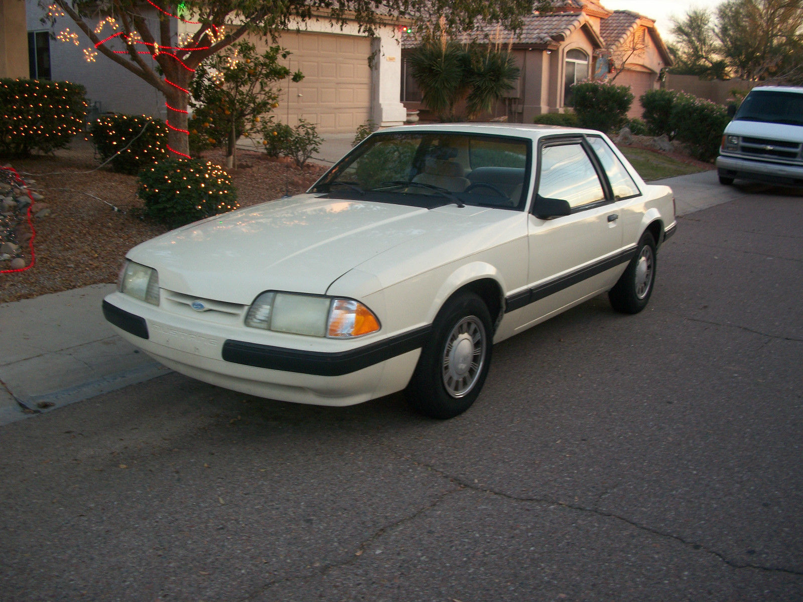 1989 ford mustang lx sedan 2 door 2 3l coupe notchback foxbody