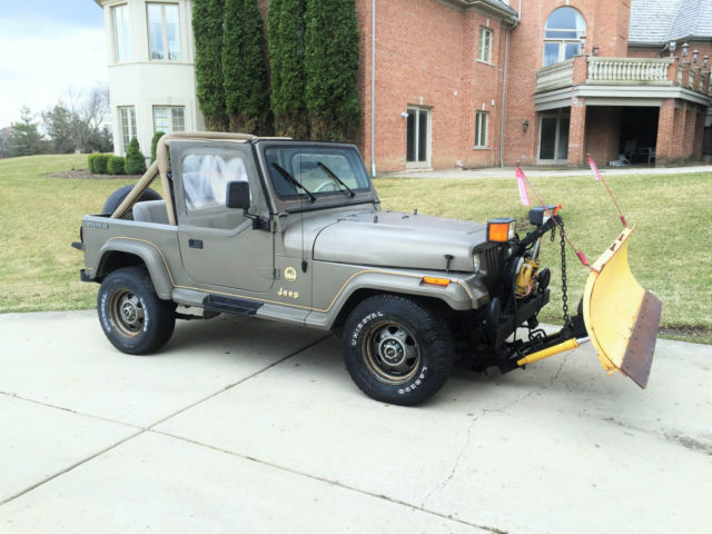 1989 Jeep Wrangler YJ Sahara 4x4 4.2L Inline 6 cylinder ...