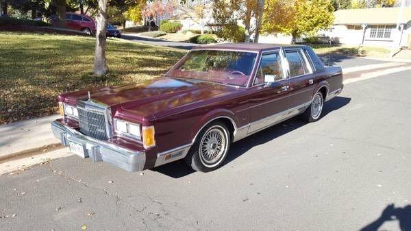 1989 Maroon Lincoln Town Car