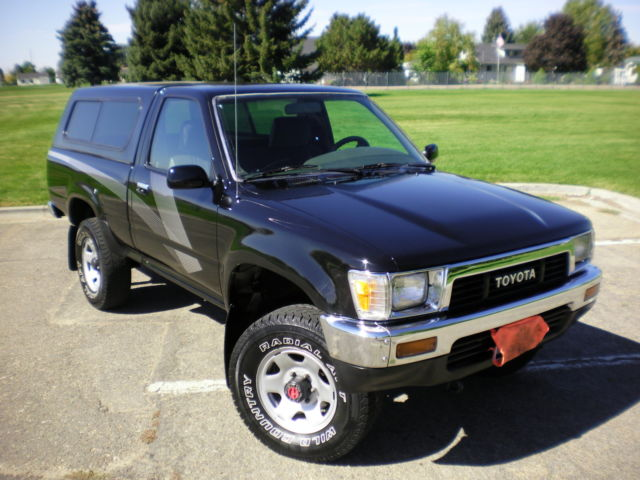 1989 toyota pickup dx 4x4 22re 1 owner only 97k miles garage kept must see. Black Bedroom Furniture Sets. Home Design Ideas
