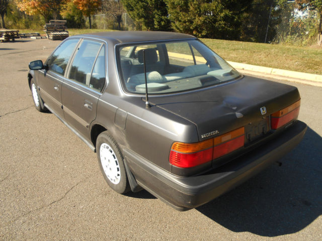 1990 honda accord lx sedan 4 door 2 2l manual transmission for Honda accord old model