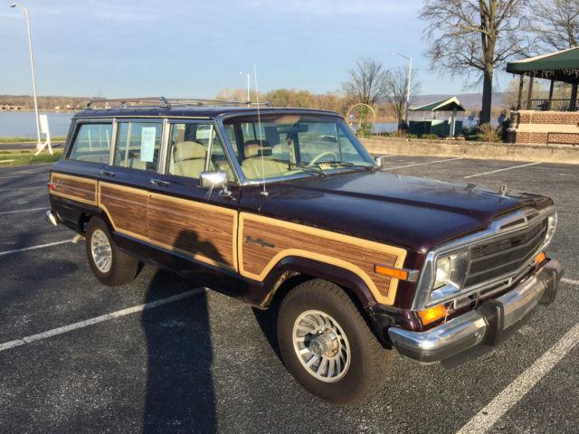 1990 jeep grand wagoneer 4 door 5 9l burgundy on tan. Black Bedroom Furniture Sets. Home Design Ideas