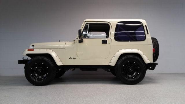 1990 jeep wrangler 4x4 fuel injected 350 v8 700r4 4 wheel disc rust free. Black Bedroom Furniture Sets. Home Design Ideas