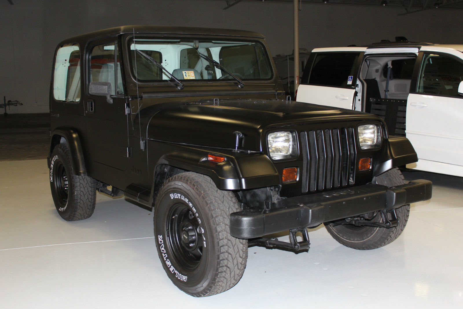 1990 jeep wrangler base sport utility 2 door 4 2l black hardtop new tires belts for sale in. Black Bedroom Furniture Sets. Home Design Ideas